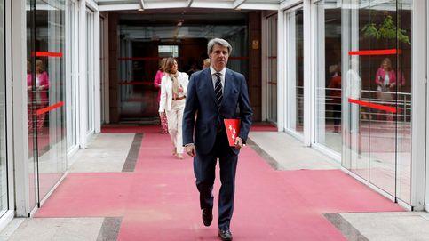 El nuevo presidente madrileño, Ángel Garrido, ingresado por un cólico nefrítico
