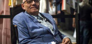 Post de Muere Max Azria, el diseñador que devolvió a las curvas su reinado
