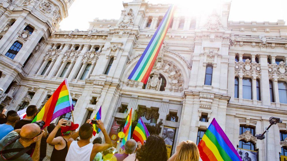 Foto: Bandera arcoíris en el Ayuntamiento de Madrid   Foto: Madrid Orgullo