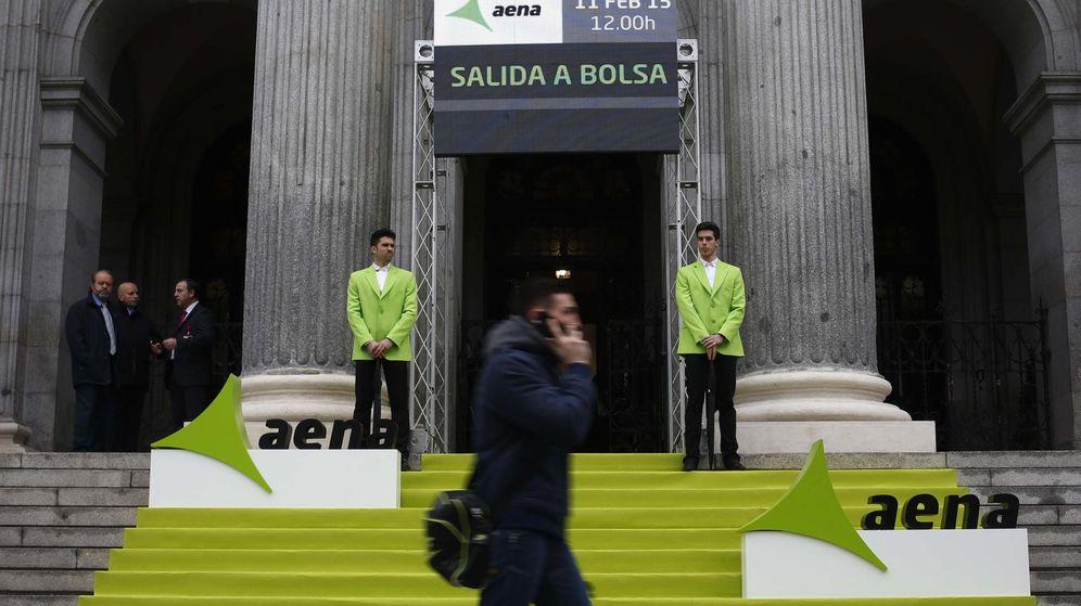 Foto: Imagen del día en el que Aena salió a Bolsa el pasado mes de febrero. (Reuters)