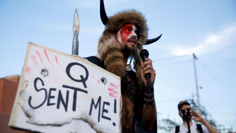 Manifestación de QAnon en EEUU. (Reuters)