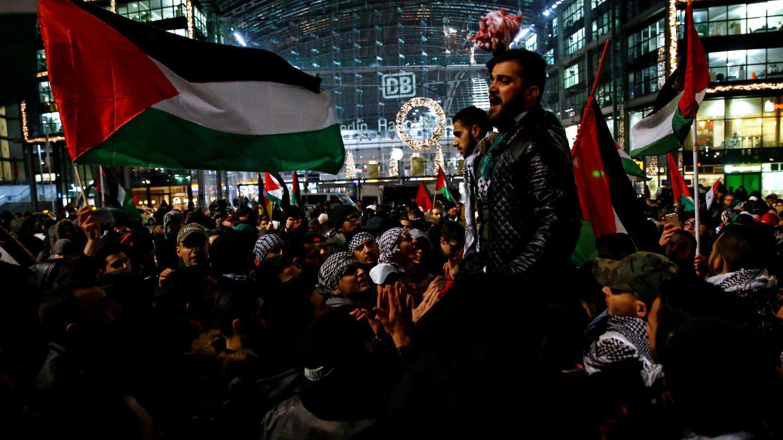 Protestas en Berlín contra la decisión estadounidense sobre Jerusalén, el 12 de diciembre de 2017. (Reuters)