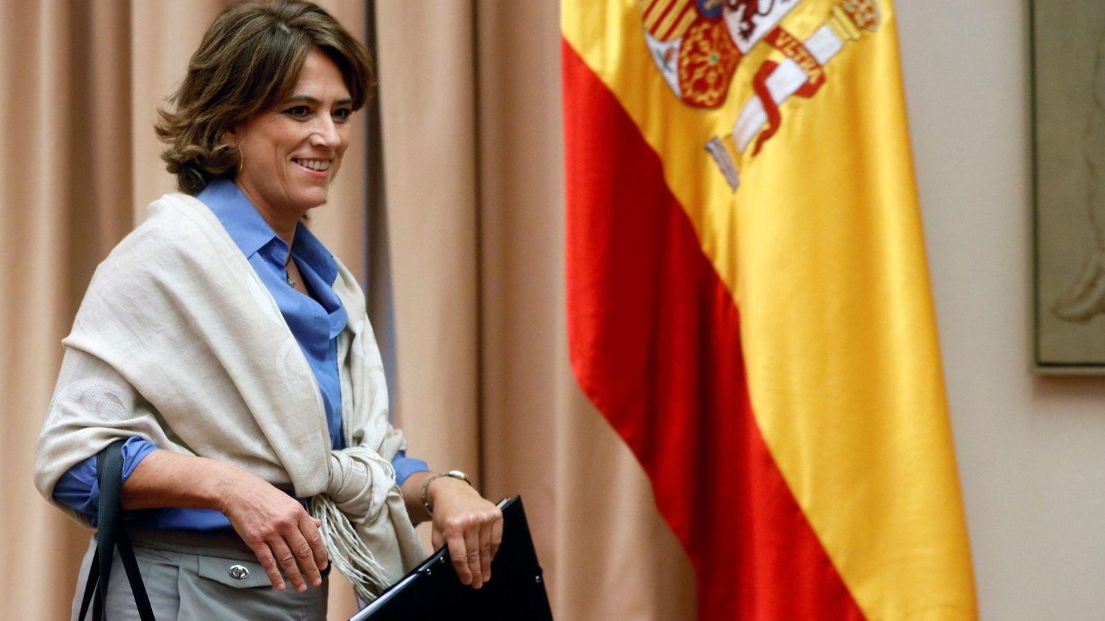 Foto: Dolores Delgado, el pasado 11 de septiembre, a su llegada a la comisión de Justicia del Congreso. (EFE)