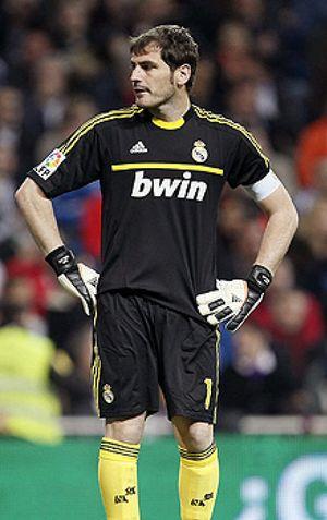 Foto: Mourinho tiene mucho que perder si degrada a Iker Casillas, el bendecido