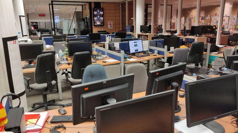Foto: La redacción vacía de TV3. (@comitedetv3).