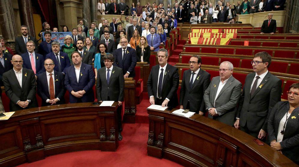 Foto: El parlament declara la independencia y aprueba abrir proceso constituyente