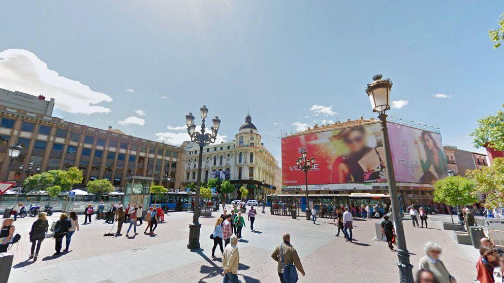 Metro madrid carmena ofrece 150 millones a la comunidad for Oficina de extranjeros madrid