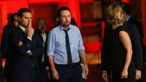 Sánchez calla ante la pregunta de si aceptará los votos de los independentistas