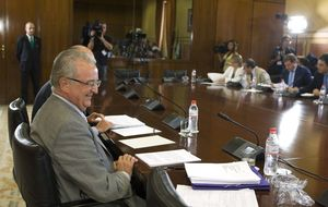 El PSOE puso la Junta al servicio de Ojeda: 17 cargos le dieron dinero