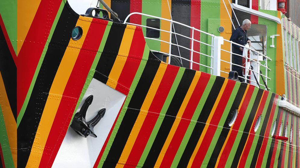 Foto: Una de las obras del artista Carlos Cruz Díez, en los muelles de Liverpool. (Reuters)