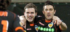 Villa hace la 'machada' y mete al Valencia en los cuartos de la Europa League