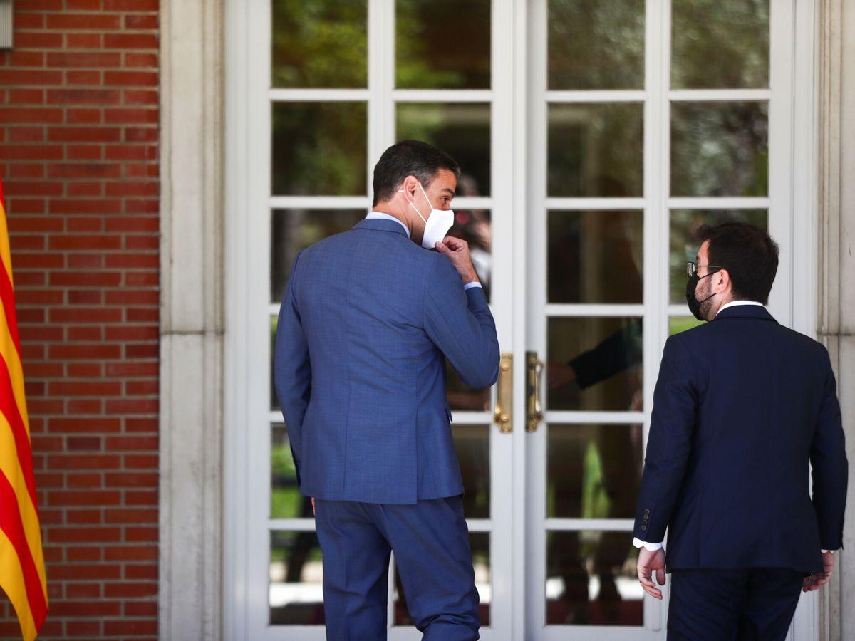 Foto: Pedro Sánchez junto a Pere Aragonès. (EFE)