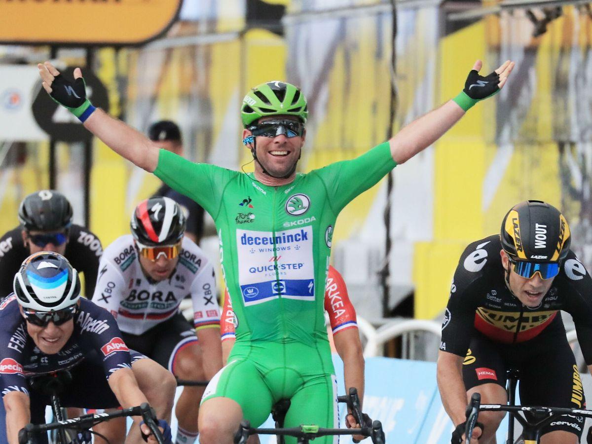 Foto: Cavendish, radiante tras su victoria en la décima etapa del Tour. (Efe)