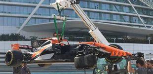 Post de La repetitiva fotografía del McLaren o los 18 'golpes' de Honda a Fernando Alonso