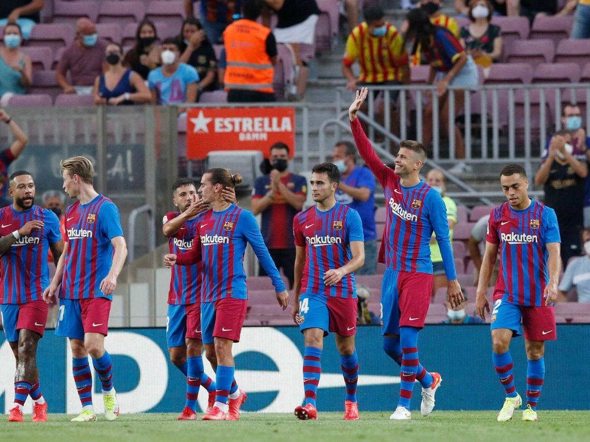 Foto: El Barça celebra su primera victoria tras la salida de Messi. (Reuters)