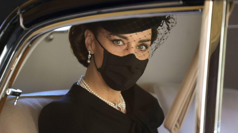 Kate Middleton escogió las perlas para el funeral del duque de Edimburgo. (Cordon Press)
