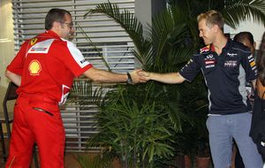 Ferrari no tendrá a Adrian Newey, pero sí dos manos para 2014