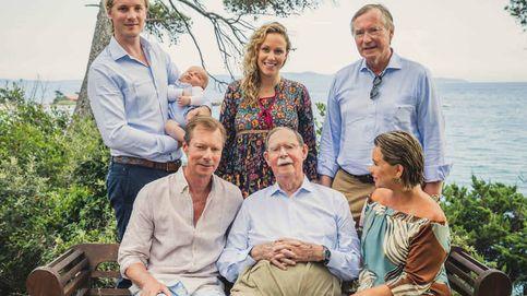 El posado veraniego (con bebé incluido) de los grandes duques de Luxemburgo