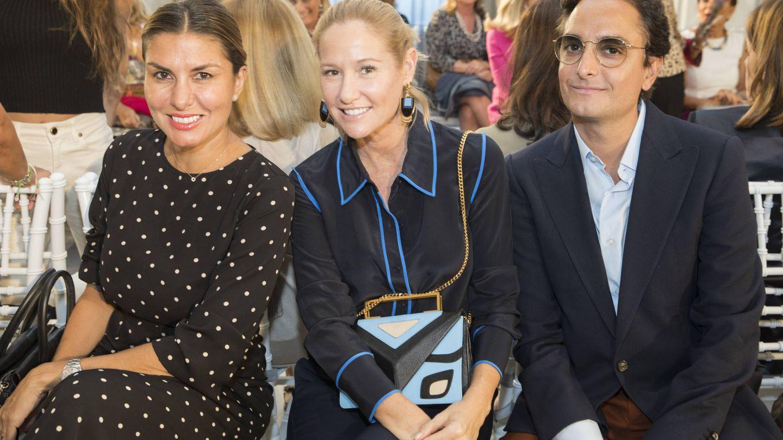 Fiona Ferrer junto a Josie, estilista de Pedroche, en el desfile de Tot-Hom. (Cortesía de la marca)
