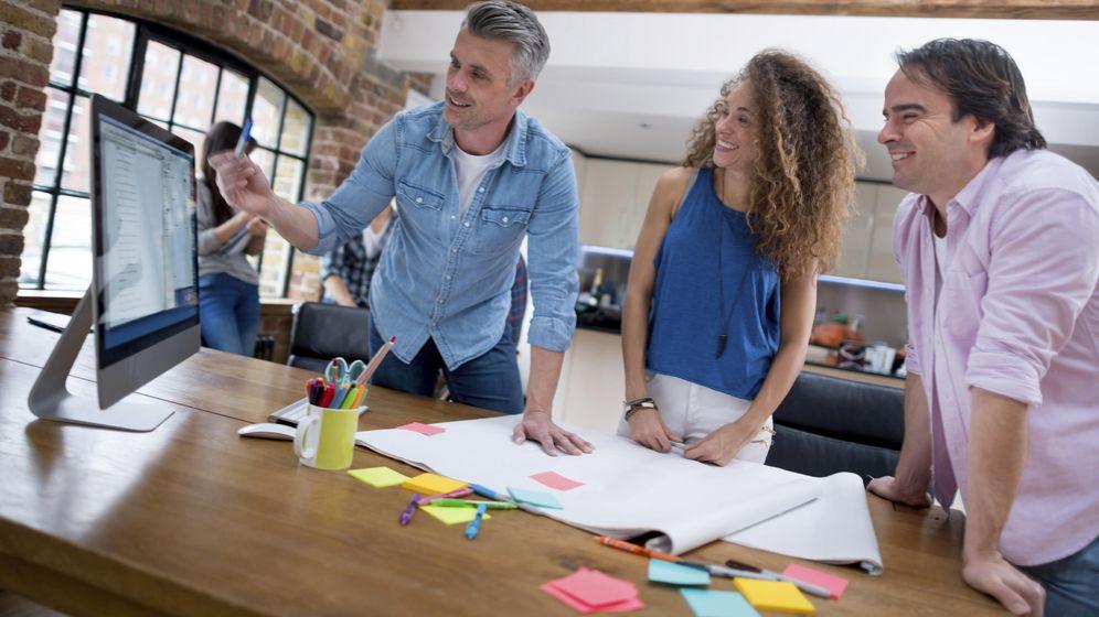 Foto: Vislumbran otros incentivos para empleados como una mayor autonomía. (iStock)