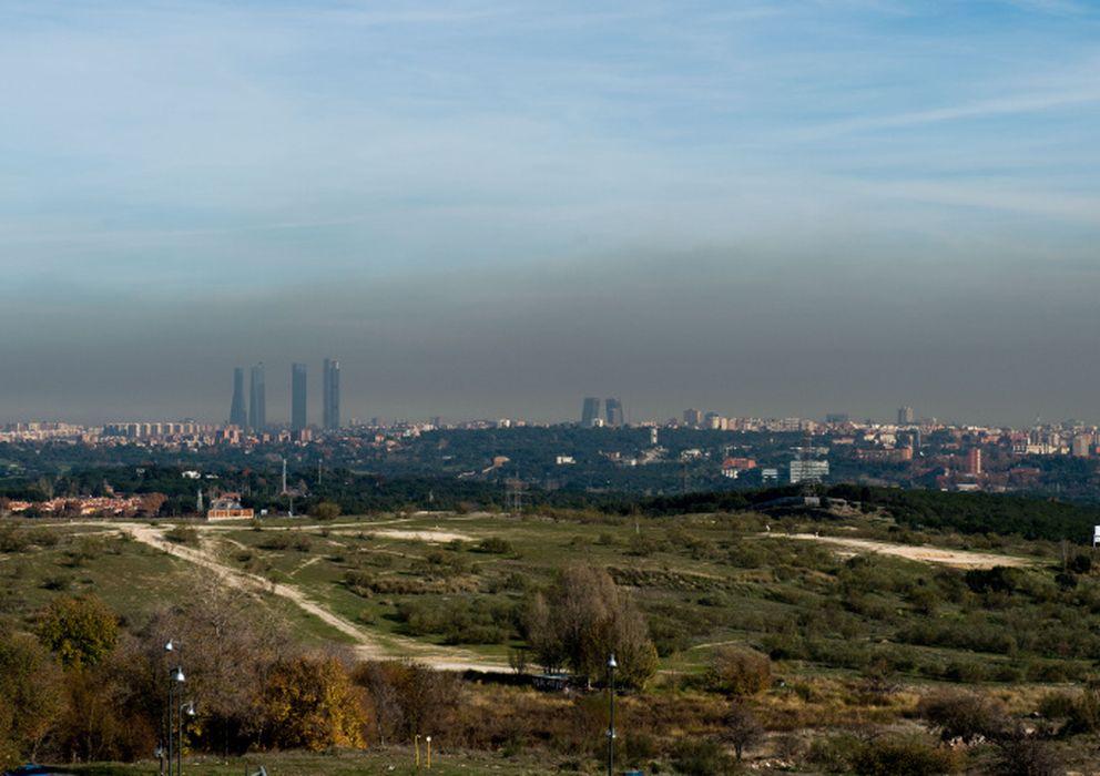 Contaminación  La boina gris de Madrid incrementa los malos humos entre  Gobierno y ecologistas c8f1806fd7a