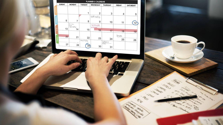 Foto: Pasar la jornada organizándote para trabajar en tus ratos libres. (iStock)