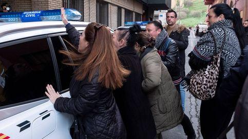 Gritos de asesino en el traslado del Bernardo Montoya a los juzgados