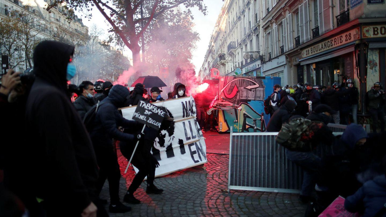 Protestas y disturbios en las calles de París. (Reuters)