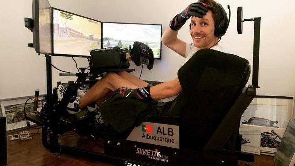Foto: El piloto profesional Filipe Alburquerque en su simulador durante las pasadas 24 Horas de Le Mans virtuales