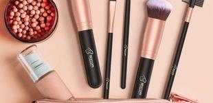Post de Brochas de maquillaje muy baratas en Amazon con 12.000 valoraciones positivas