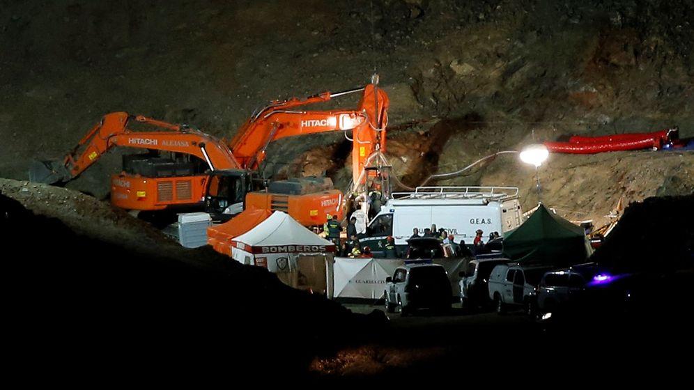 Foto: Máss de 300 personas han participado en el operativo. (EFE)