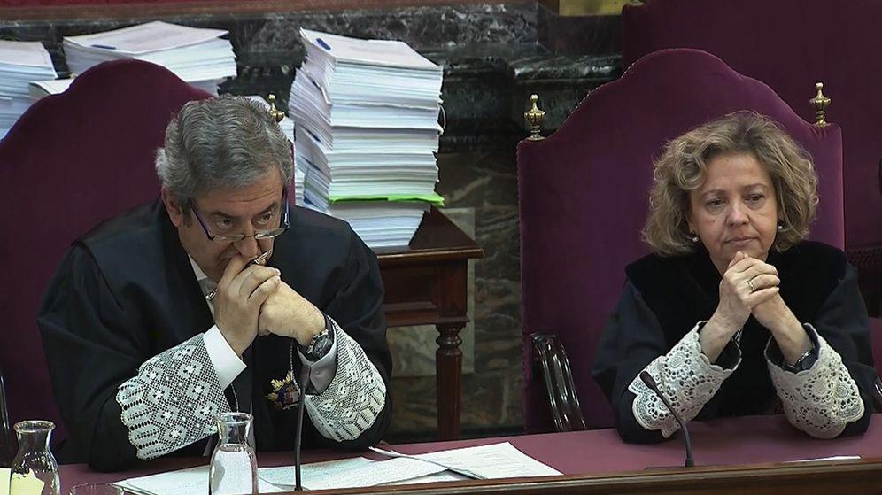 Foto: Los fiscales Zaragoza y Madrigal en el juicio del 'procés'. (EFE)