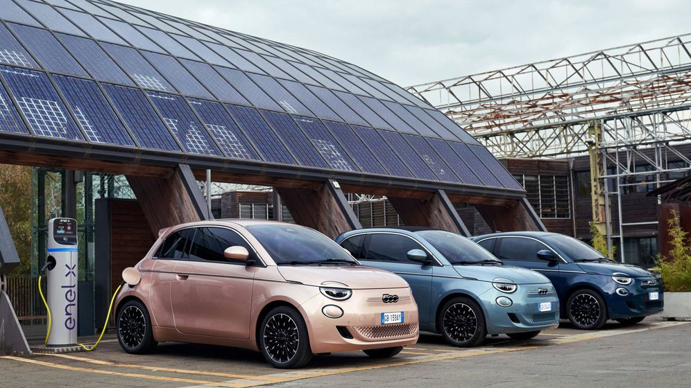 Foto: Tres opciones de carrocería para el nuevo Fiat 500, pero solo mecánica 100% eléctrica.