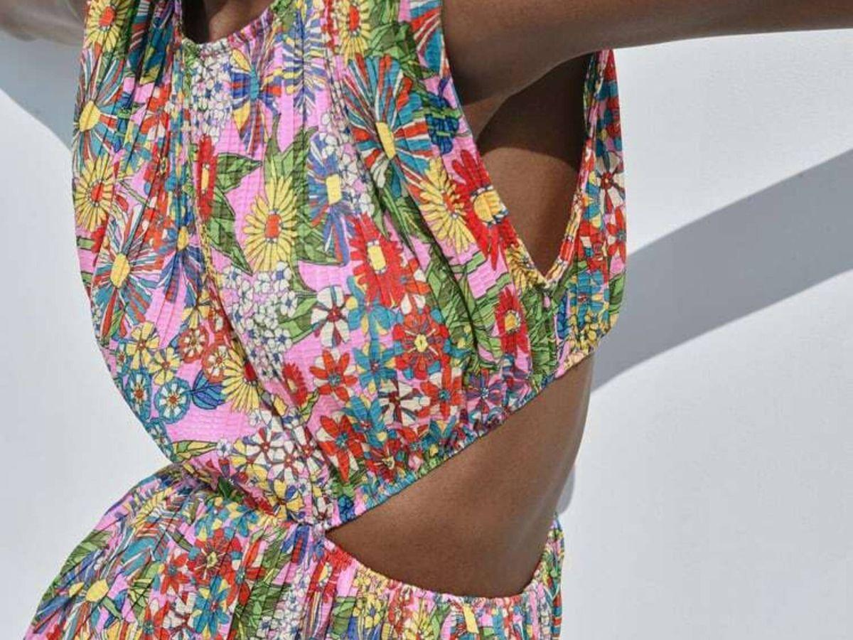 Foto: El vestido de flores 'cut out' de Zara. (Cortesía)