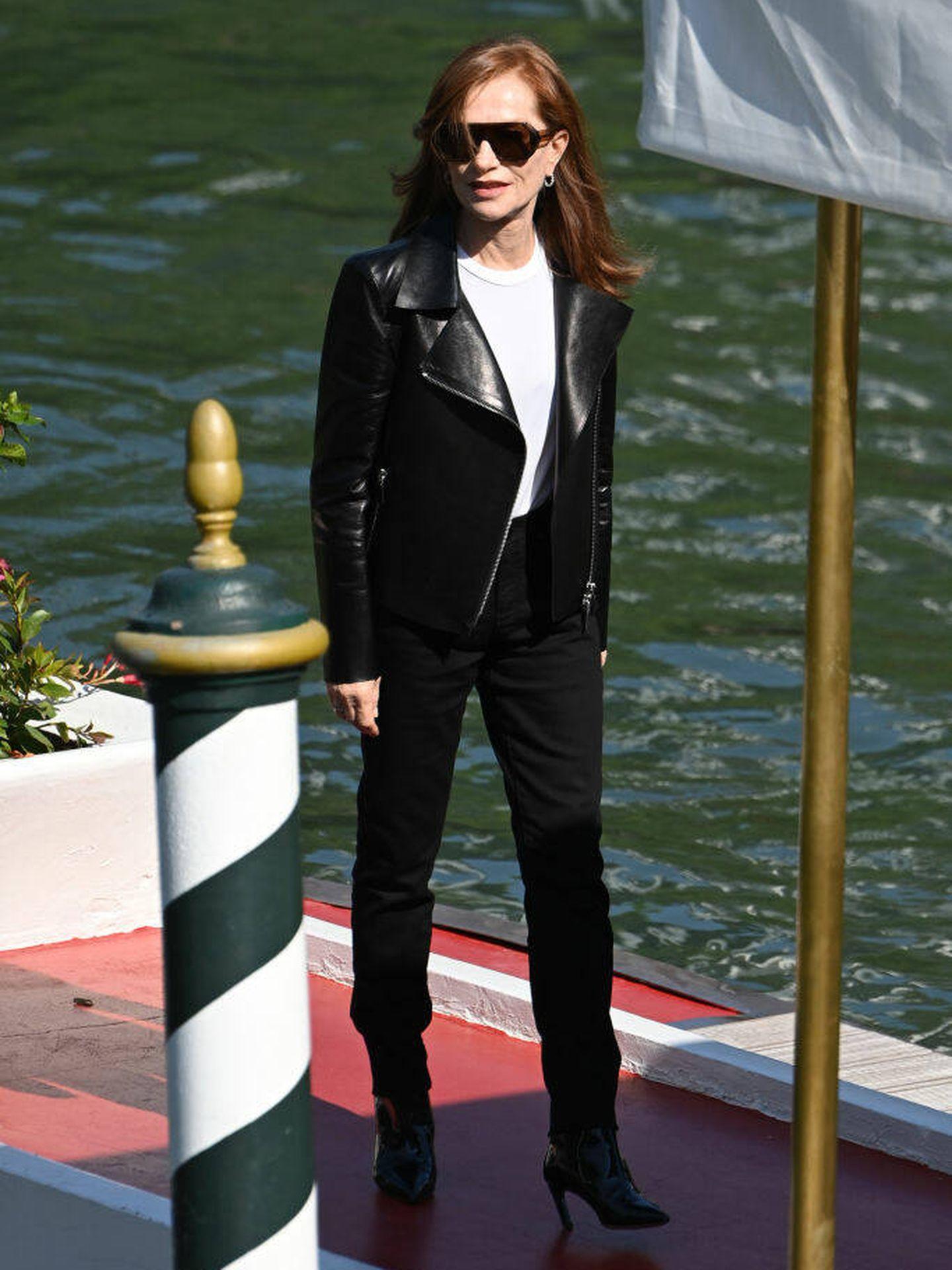 Isabelle Huppert, en la tercera mañana del Festival de Venecia. (Getty)