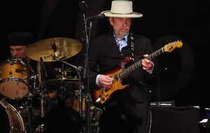 El IVA cultural español ahuyenta las giras de Neil Young y Bob Dylan