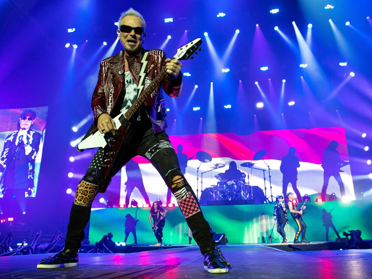 Foto: La banda de rock alemana Scorpions durante su concierto en el Papp Laszlo Arena de Budapest. (EFE)