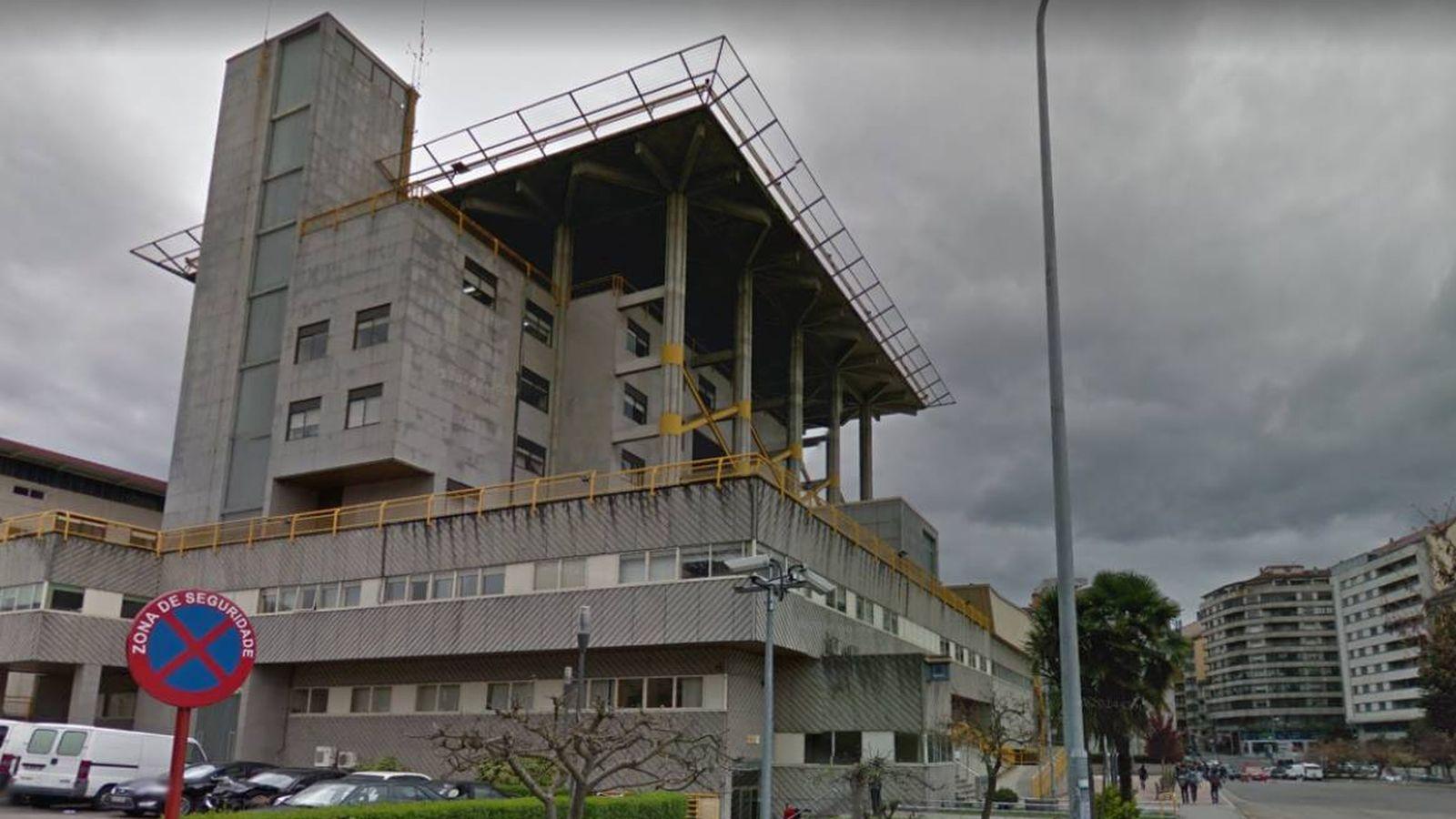 Foto: La comisaría de Ourense donde apareció muerto Celso Blanco. (Google Maps)
