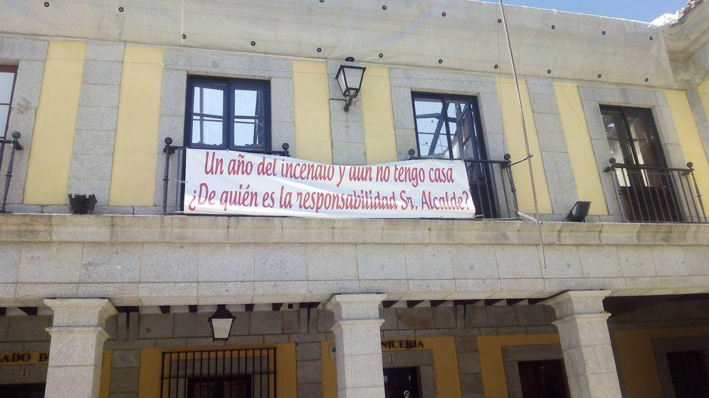 Foto: La pancarta que ha puesto Manuela en su balcón.