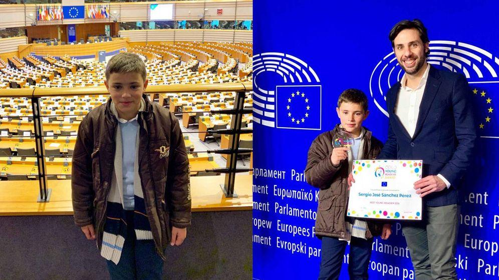 Foto: Sergio Sánchez recibió su galardón en el Parlamento Europeo (Foto: Odilo)