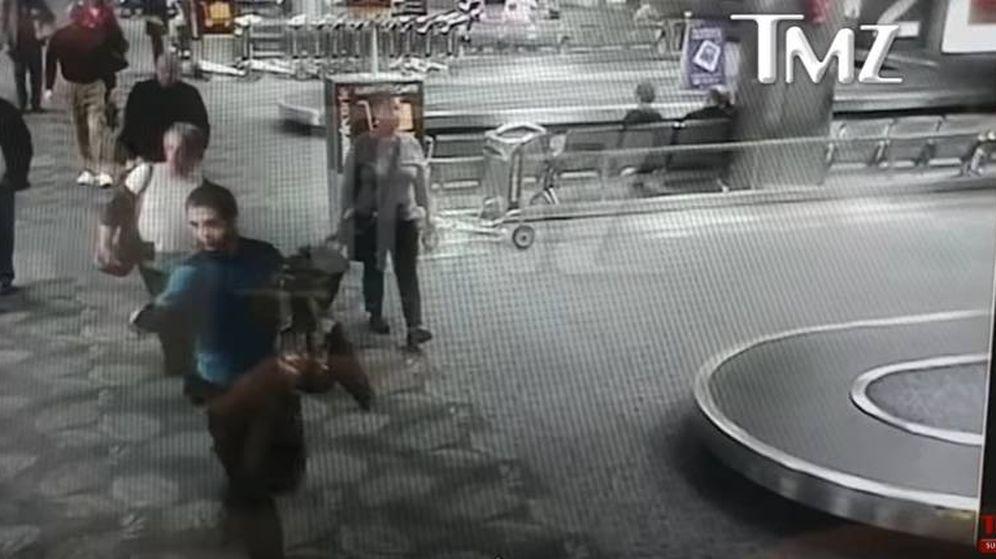 Foto: Momento del vídeo del atacante.