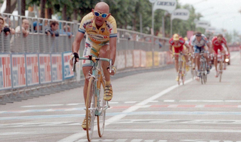 Foto: La memoria de Pantani sigue muy viva en el Giro (Imago).