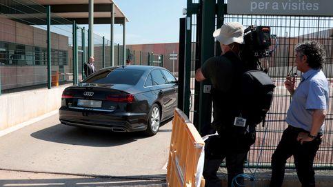 Un recluso de Lledoners, pillado con un móvil para fotografiar a los políticos presos