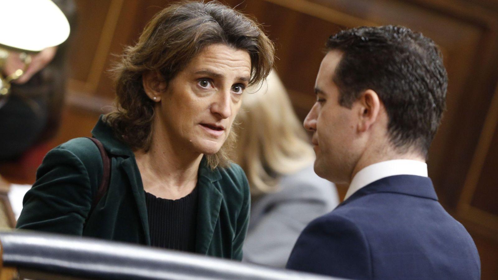 Foto: Teresa Ribera y Teodoro García Egea. (EFE)