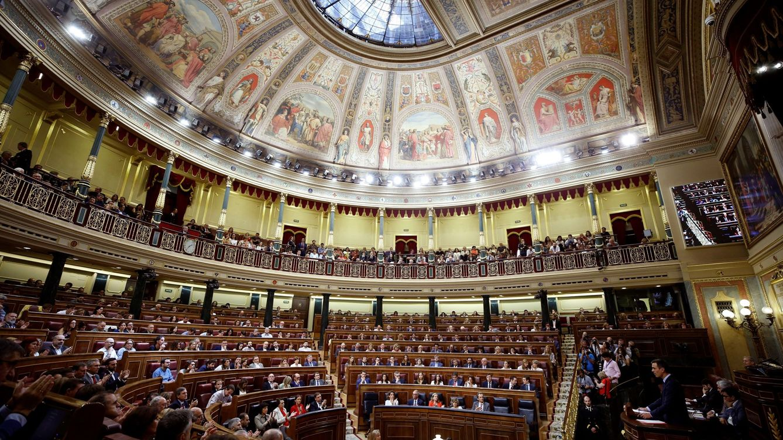 Los españoles, cada vez más hartos de los políticos, según el CIS