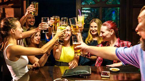 Cinco bebidas que nunca debes pedir en un bar, como el gin-tonic