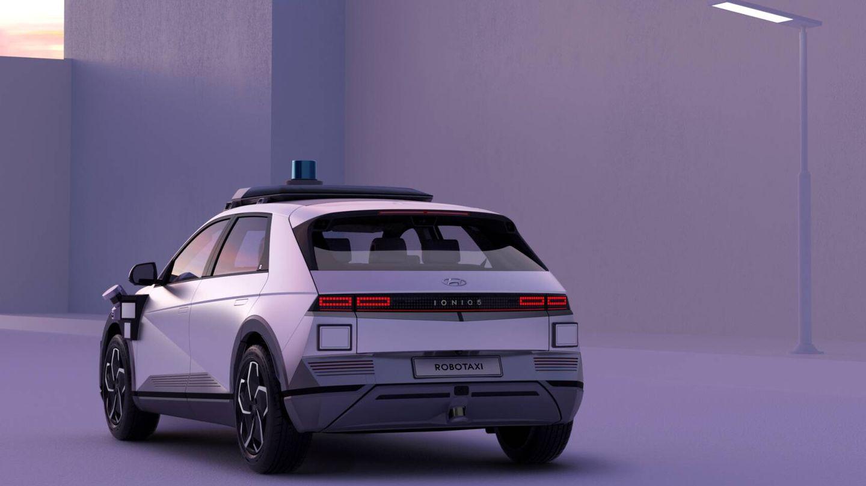 Sin emisiones y con una gran autonomía eléctrica. Y desde ahora también con capacidad para transportar usuarios sin necesidad de conductor.