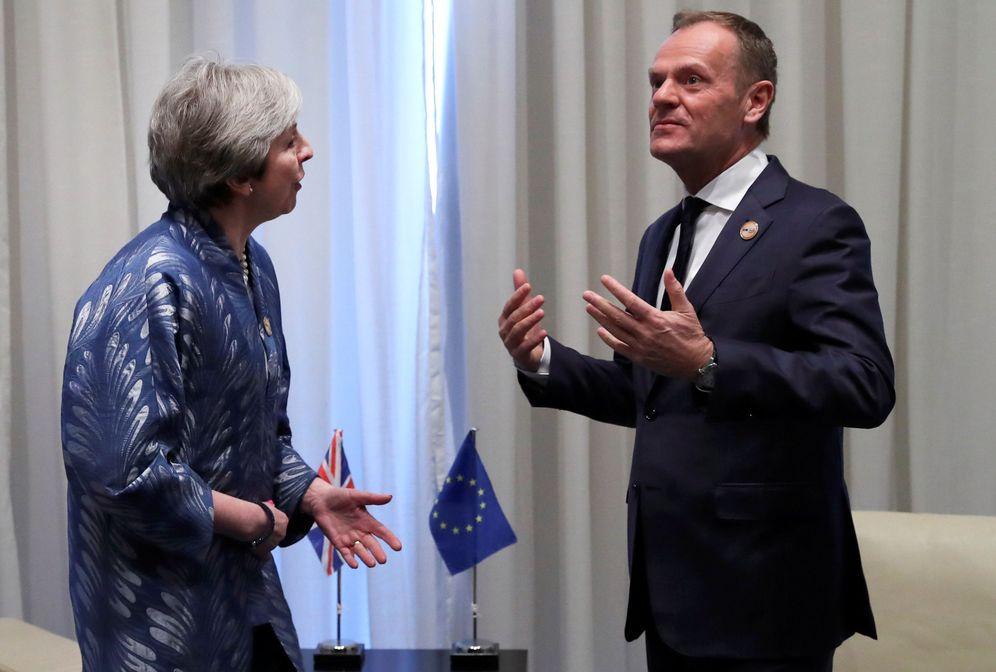 Foto: Theresa May durante su encuentro con el presidente del Consejo Europeo, Donald Tusk, en Egipto. (Reuters)