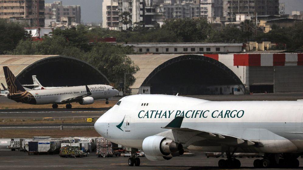 Foto: Un avión de la aerolínea Cathay Pacific. (EFE)