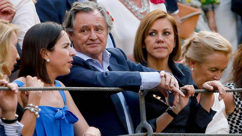 Ignacio López del Hierro y Dolores de Cospedal en Las Ventas.